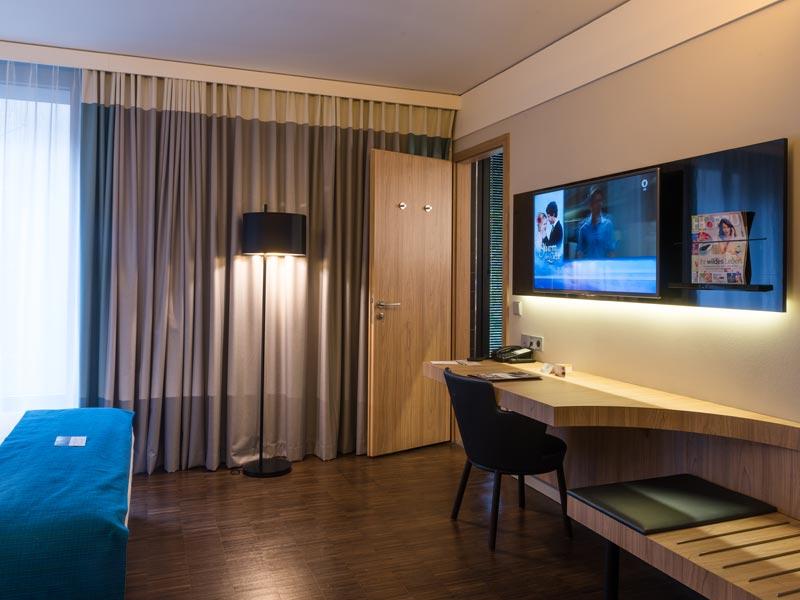 schreinerei dahlem hoteleinrichtungen innenausbau. Black Bedroom Furniture Sets. Home Design Ideas